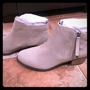 Lane Bryant wide width booties new in box NWT